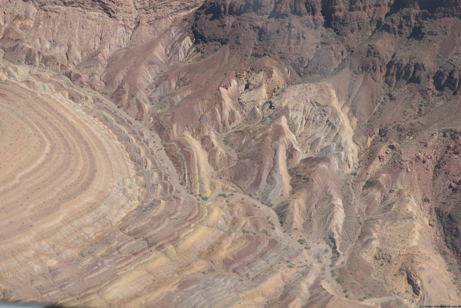 hubschrauber nach unten grand canyon